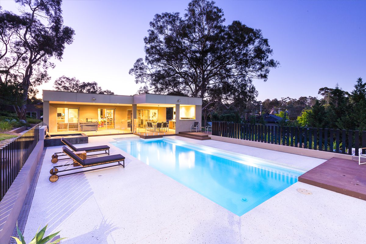 21 swimming pool builders eltham decor23 for Pool design eltham